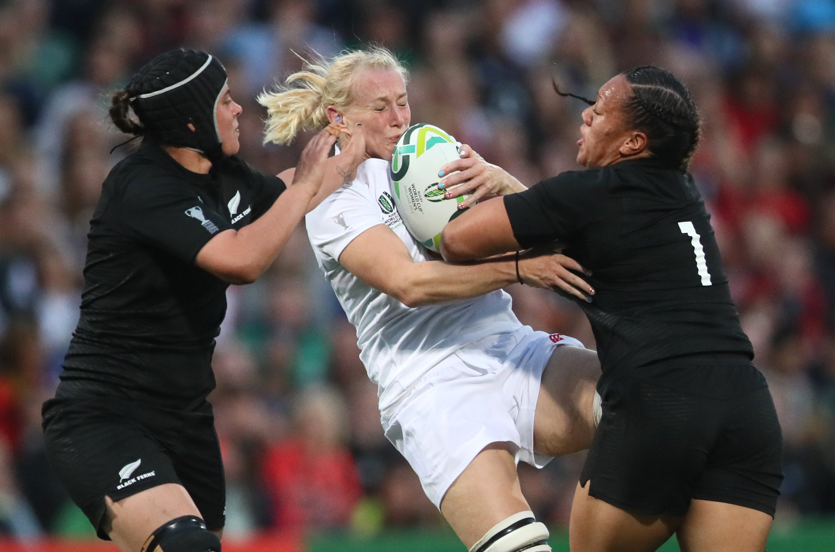 World Cup winner Tamara Taylor says rugby players becoming professional has made the team more successful