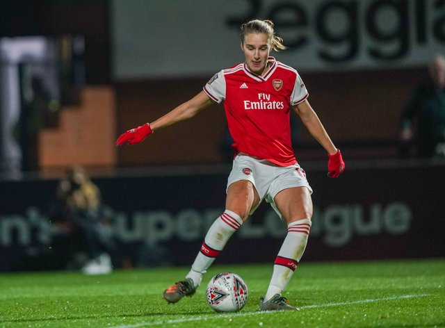 Vivianne Miedema playing for Arsenal in the Champions League(PA Images)
