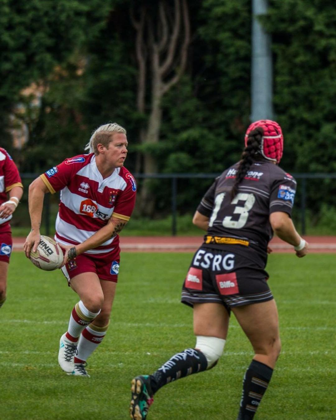 Rugby league's Gemma Walsh to join wife Emily Rudge at St Helens in the WSL this season
