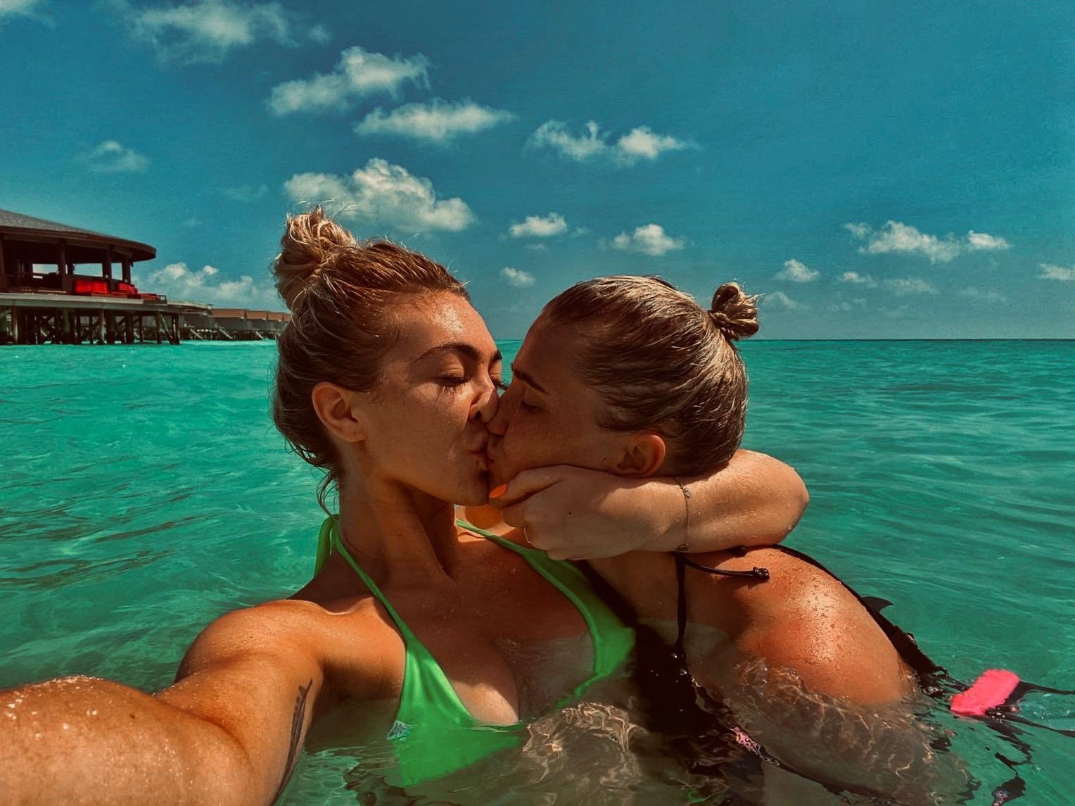 History-making Newcastle boxer April Hunter makes bold gay rights statement sharing intimate photo with girlfriend in Maldives
