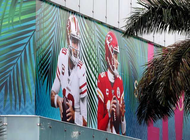 Miami gets ready for the Super Bowl between San Francisco 49ers and the Kansas City Chiefs