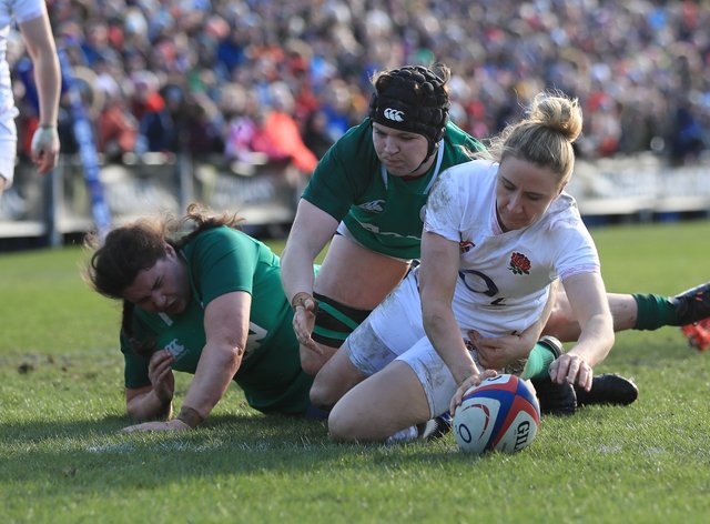 Sarah McKenna scores England's fifth try of the afternoon (PA Images)