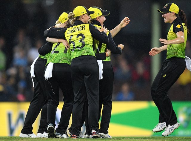 Australia celebrate reaching the final (PA Images)