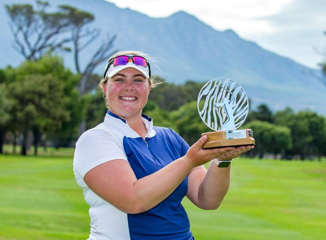 Alice Hewson wins first title in South Africa (Twitter: @thegolfbusiness)