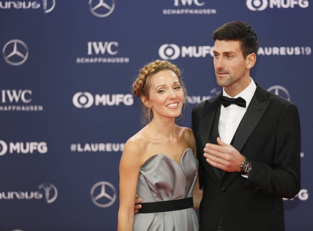 World No 1 Novak Djokovic Gets Wife Jelena To Cut His Hair While In Lockdown Then Gives Her A Backhanded Naturally Compliment Newschain