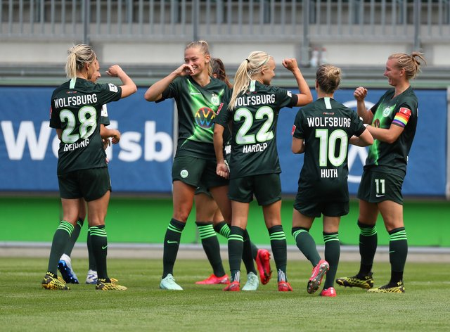 Wolfsburg dominated their first game back with a 4-0 victory over Koln
