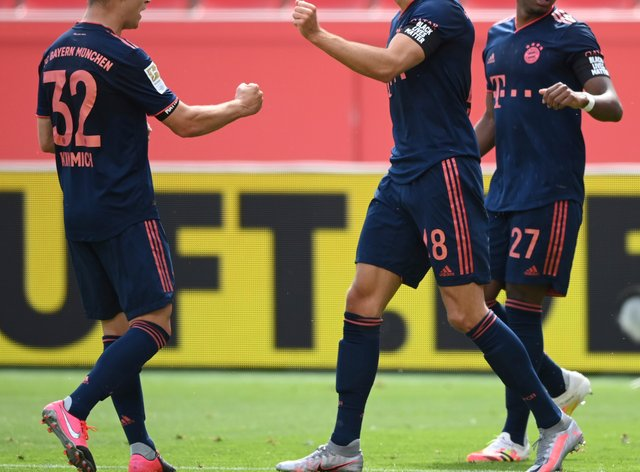 Leon Goretzka celebrates putting Bayern Munich ahead