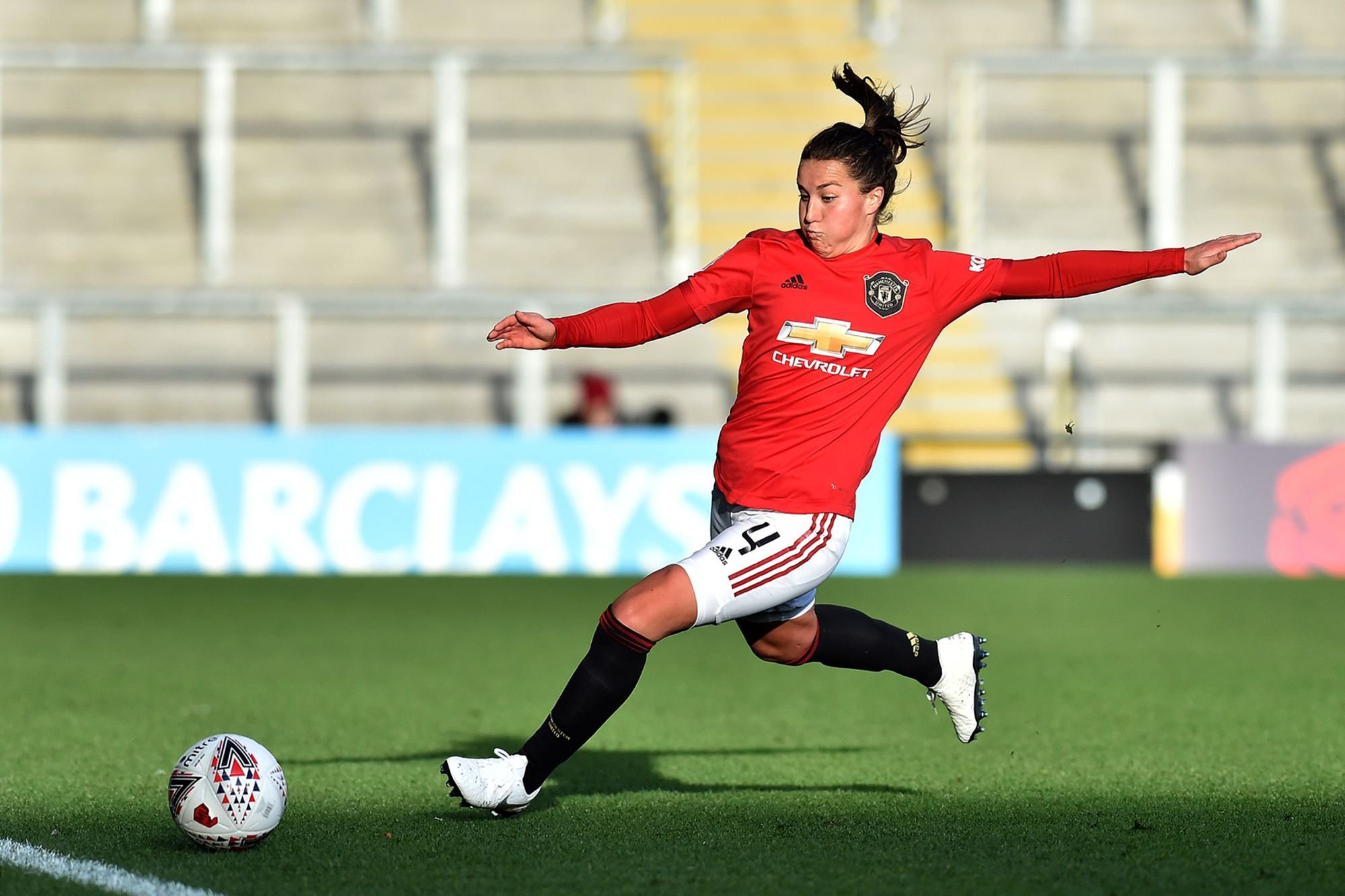 United's Amy Turner re-signs for WSL club