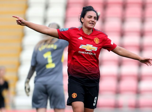 Sigsworth will stay at the WSL club