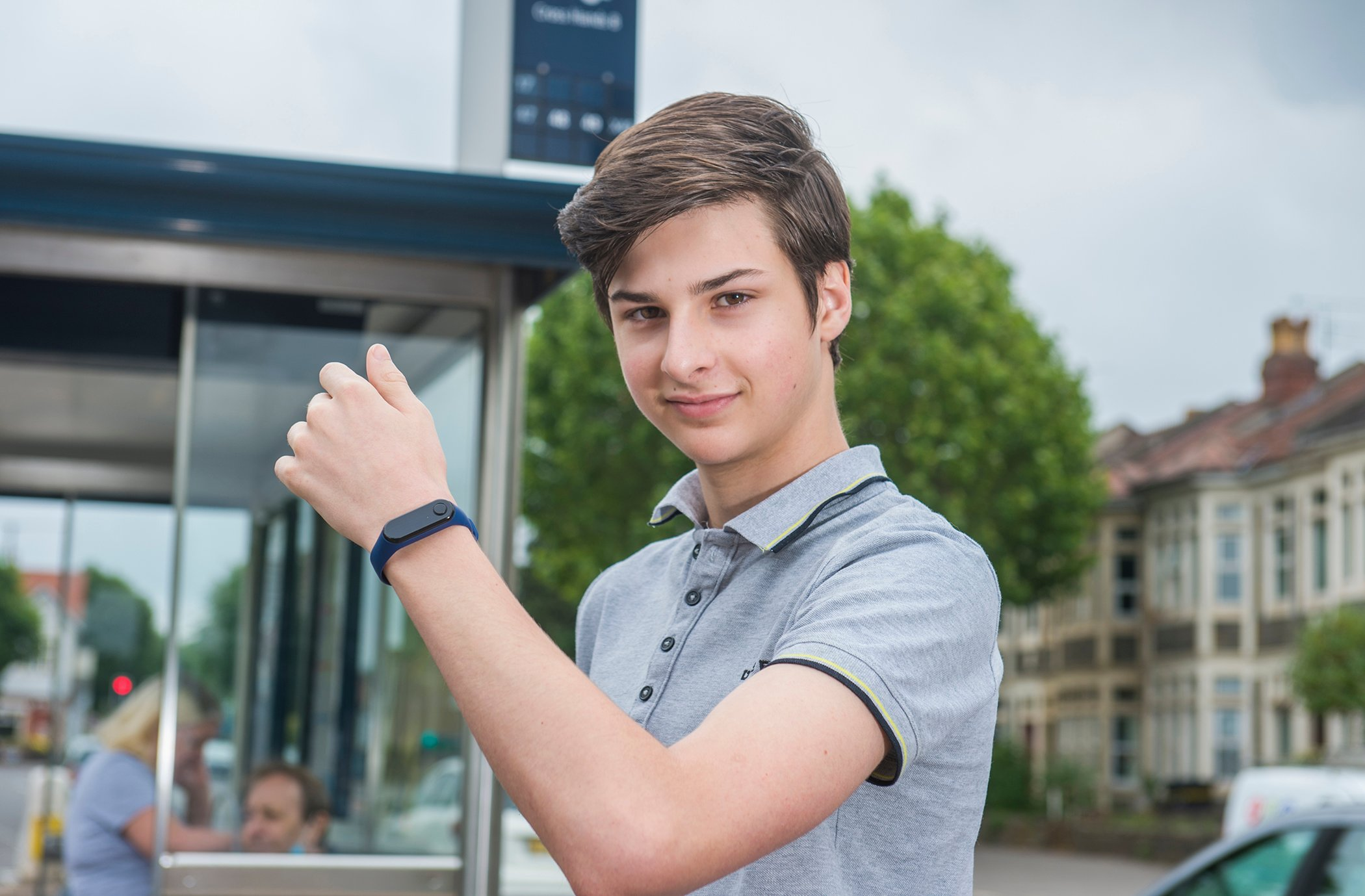 Teenage entrepreneur develops wearable technology to combat spread of Covid-19