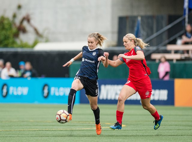 Reign and Thorns are in action tonight