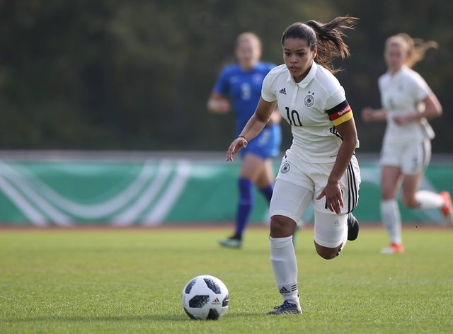 Ivana Fuso has signed for Manchester United