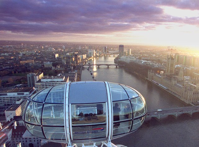 The view from one of the gondola's of the British Airways London Eye