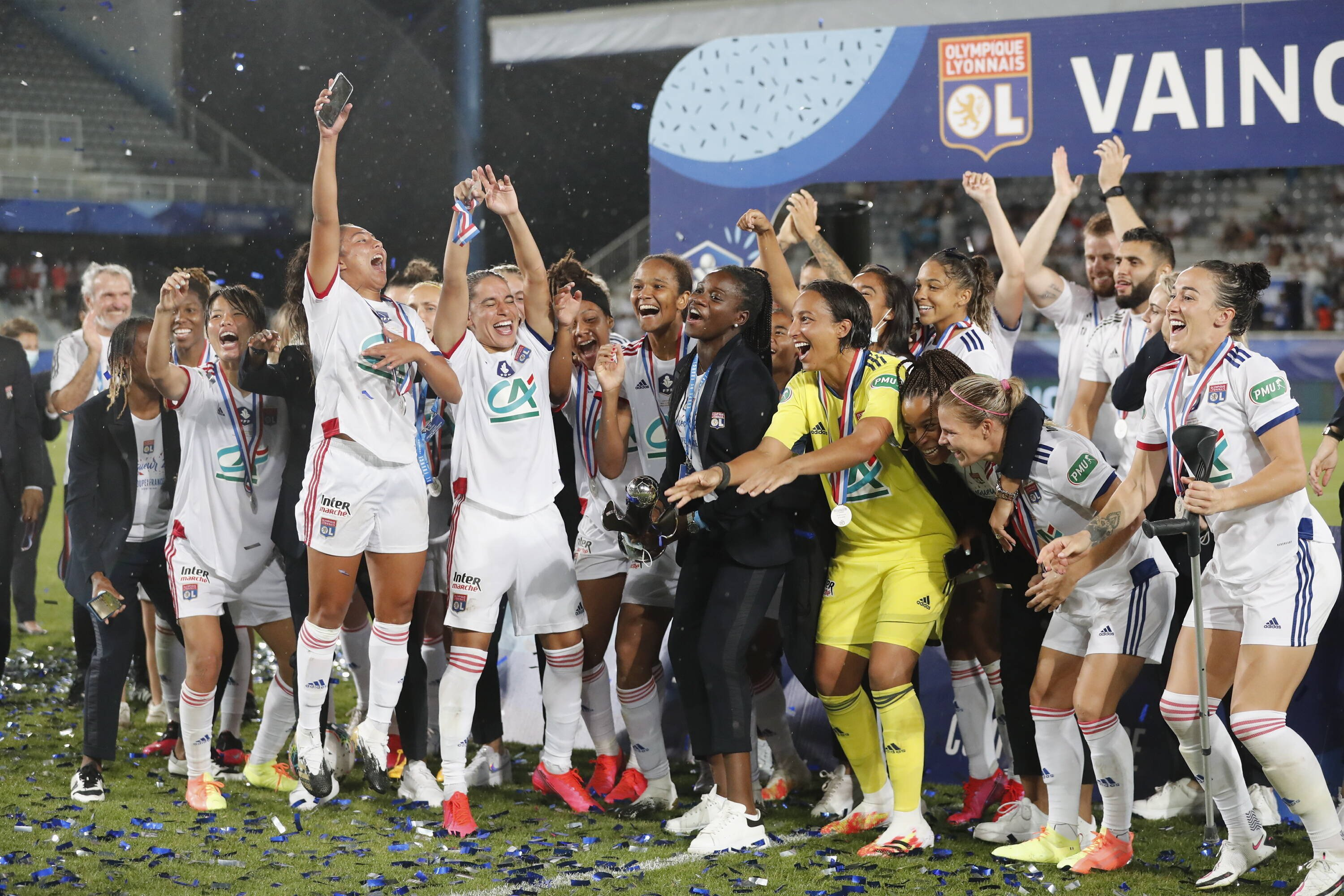 Lyon win record ninth French Cup
