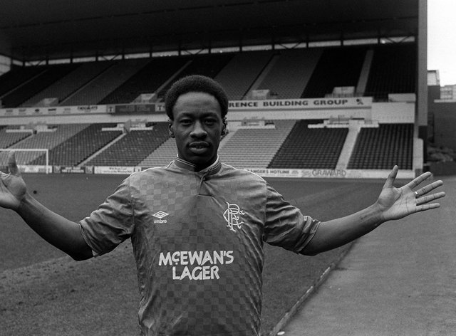 Mark Walters joined Rangers in 1987