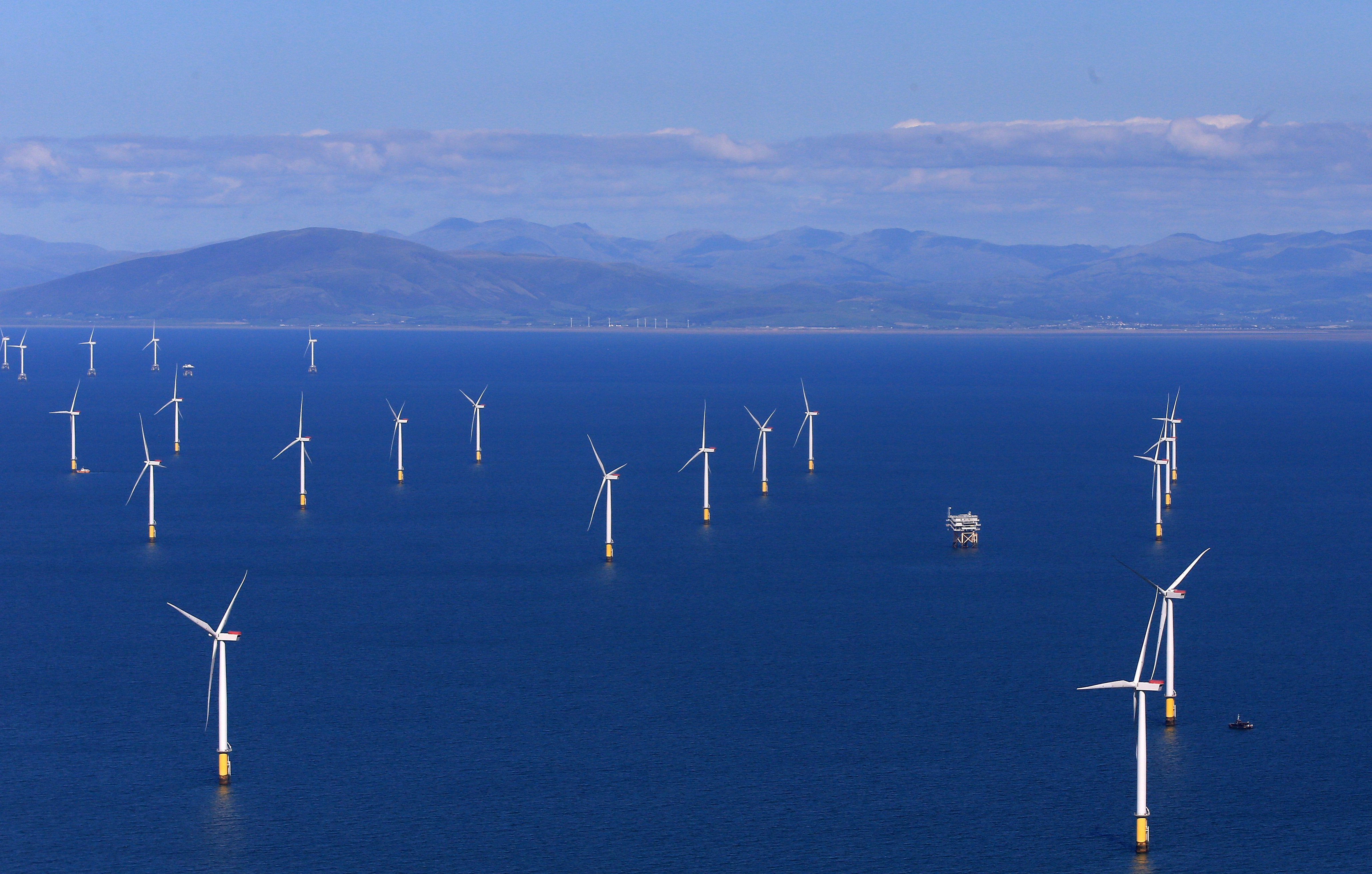 Government urged to increase ambition for renewables as costs fall