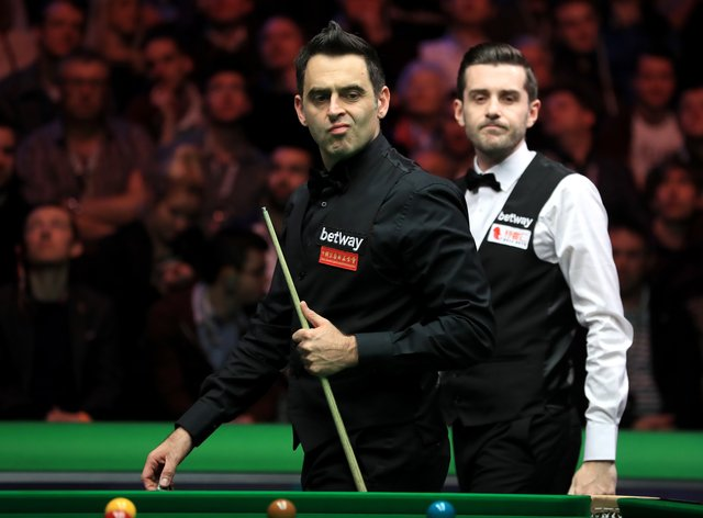 Ronnie O'Sullivan and Mark Selby both suffered from kicks