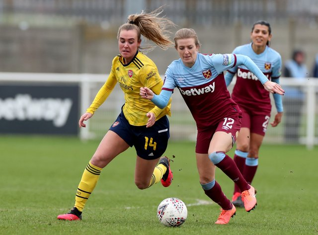 Longhurst has said women's players aren't paid equally