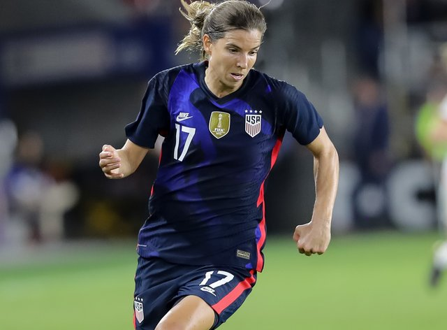 Tobin Heath has signed for Women's Super League side Manchester United