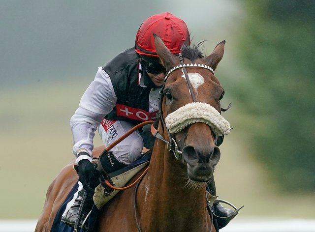 Dame Malliot finished third in the Prix Vermeille