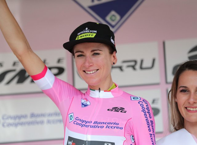 Vleuten remains int he lead at the Giro Rosa