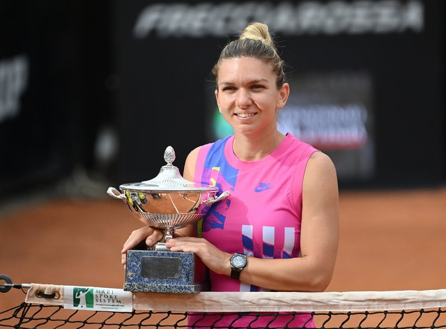 Simona Halep has won her third consecutive title of the 2020 season