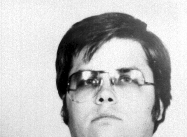 Mark Chapman says he's sorry for the pain he caused Lennon's wife Yoko Ono