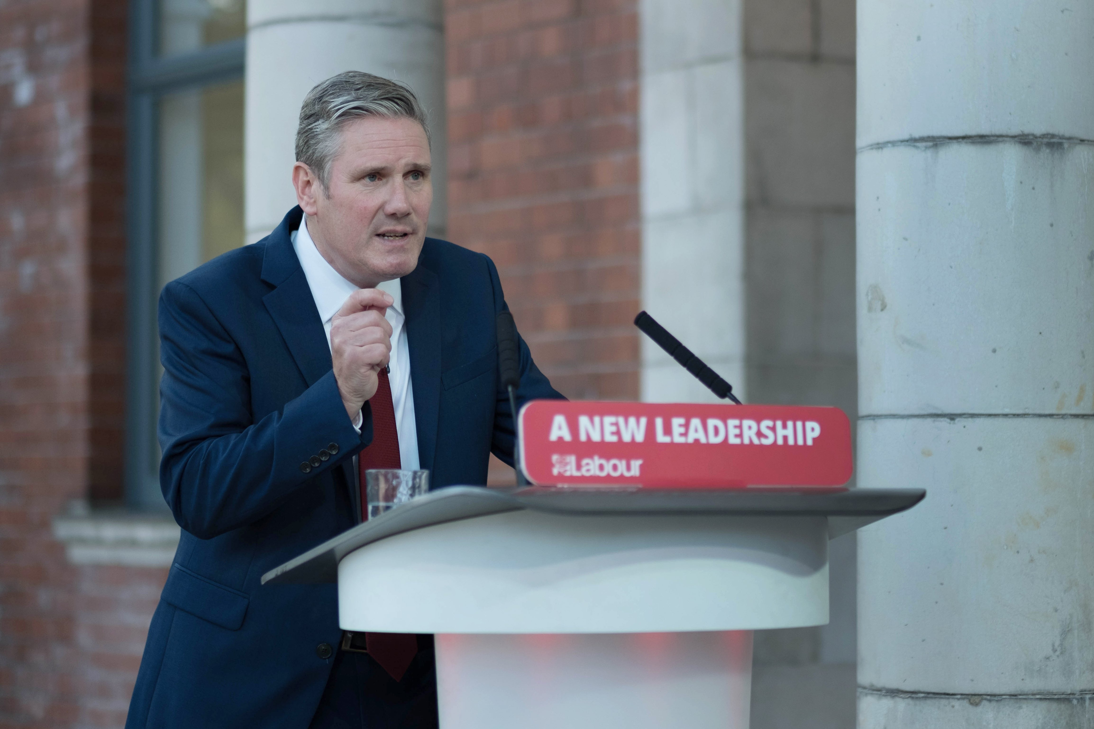 Labour is under new leadership, Starmer makes clear in speech