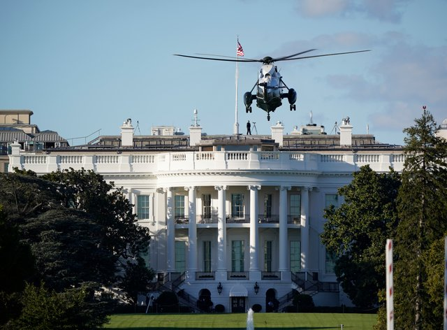 The helicopter that will carry President Donald Trump to Walter Reed National Military Medical Centre