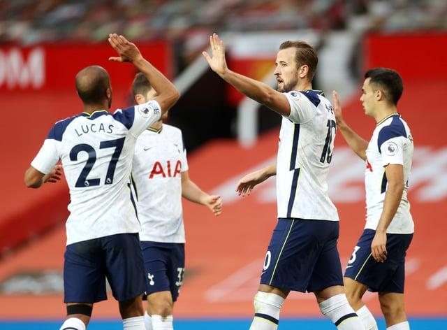 Tottenham fired six past United