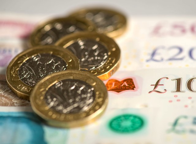 Coins and bank notes