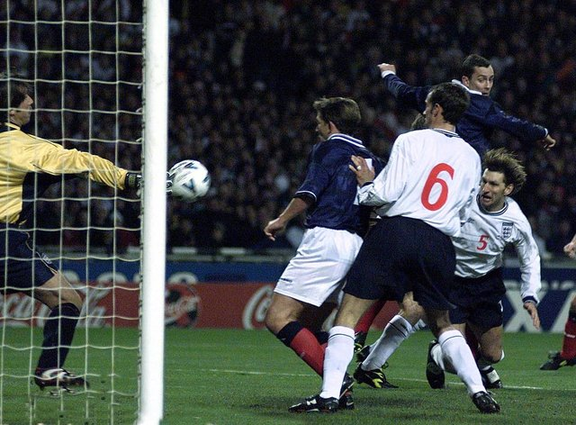 Don Hutchison heads home a Wembley winner