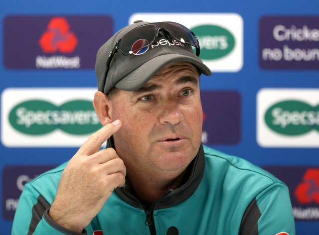 Sri Lanka head coach Mickey Arthur is hopeful of welcoming England in the new year.