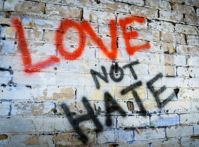Graffiti reading 'Love not Hate'