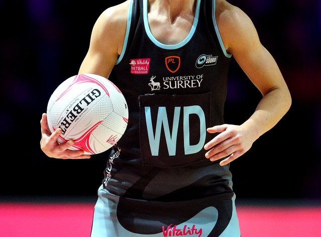 Niamh Cooper re-signs for Surrey Storm ahead of the new season