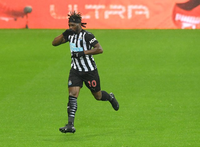 Allan Saint-Maximin has signed a new long-term deal with Newcastle