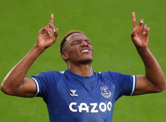 Everton's Yerry Mina is set to be fit to face Liverpool