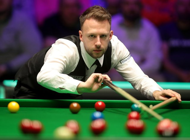 Judd Trump defeated John Higgins to reach the English Open final