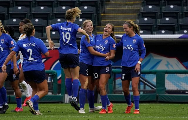 Reign beat Royals in the NWSL Fall Series