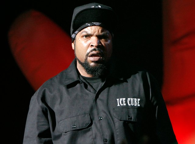 Ice Cube outed Trump for posting a photoshopped picture of him