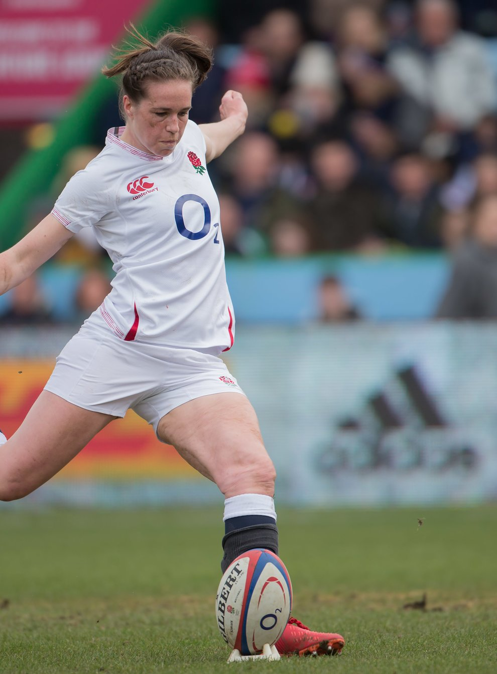 <p>England's Scarrratt draws praise from Brian Moore</p>