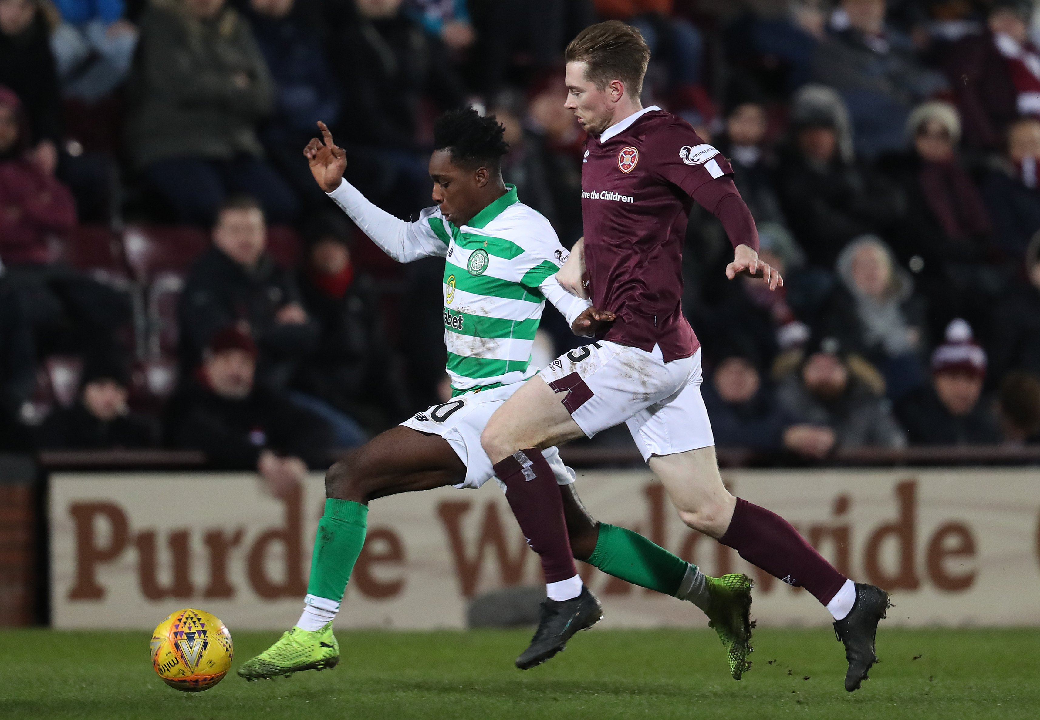 Craig Wighton continues fine start for Hearts with winner at Arbroath