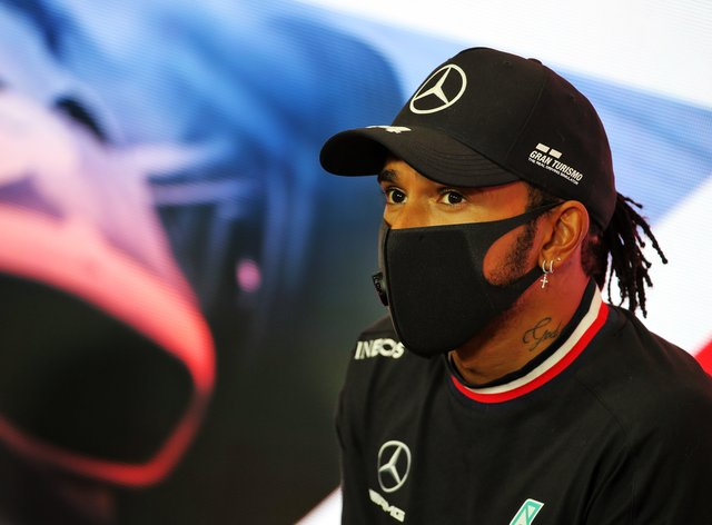 Damon Hill wants to see Lewis Hamilton provided with a greater challenge