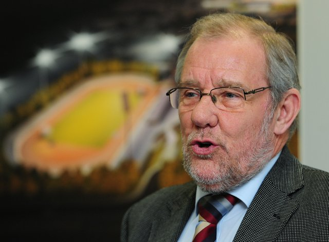 Richard Caborn wants the government to rethink its plan to shut down amateur sport for lockdown (