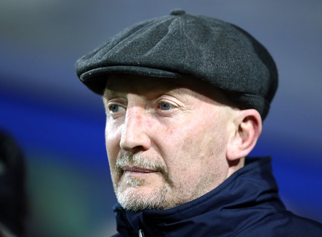Ian Holloway wants Grimsby to relax