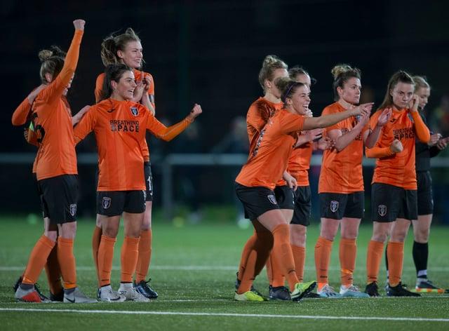 Glasgow City win 6-5 on penalties