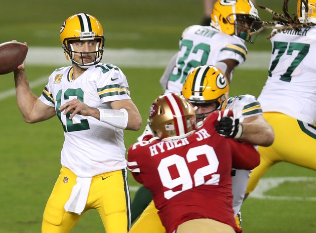 Green Bay Packers quarterback Aaron Rodgers had four touchdowns