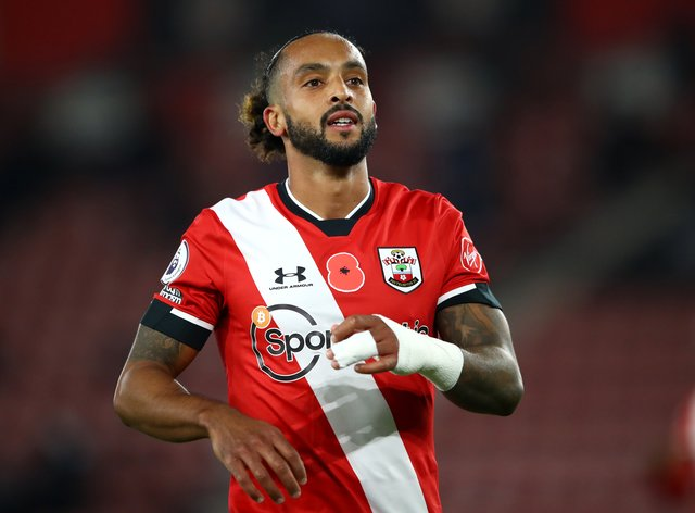 Southampton's Theo Walcott earned his manager's praise in an unfamiliar central role on Friday evening against Newcastle