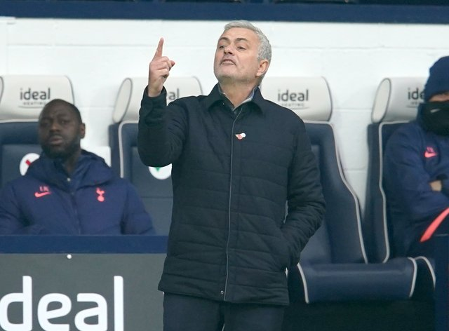 Jose Mourinho thinks it will be very tough for Tottenham to win the league