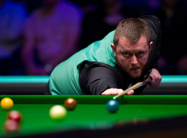 Mark Allen got back on the title winning trail with a 10-6 victory over Neil Robertson in the final of the Champion of Champions tournament in Milton Keynes